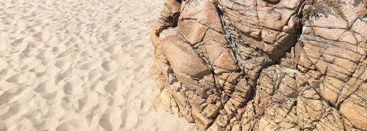 Klipper og sand